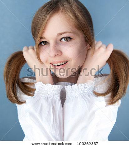 Für Erwachsene Jugendlich Mädchen mit Zöpfen gefälschte stechende